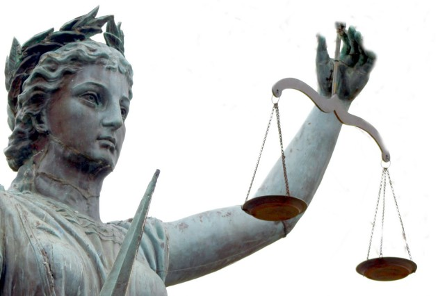 scales-of-justice-statue